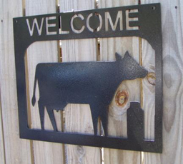 Bull/Cow Welcome Signs
